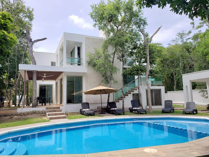 HOUSE AT RIVIERA MAYA: GRAND BAHIA PRINCIPE TULUM