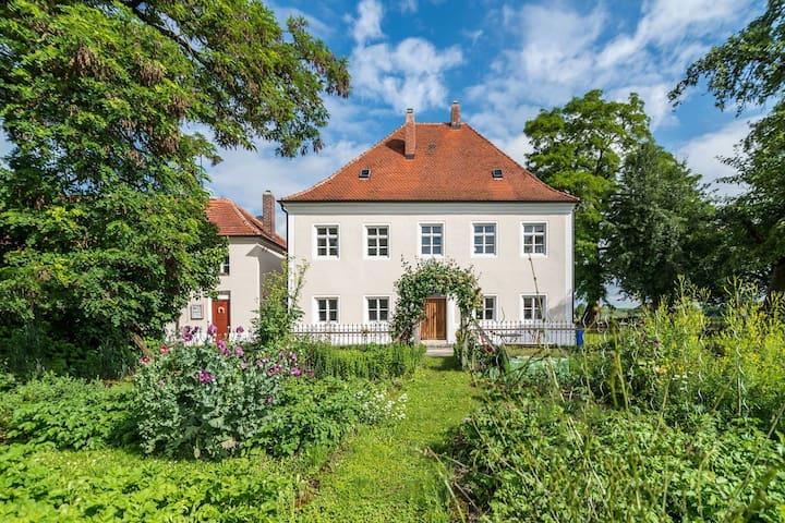 Ferienhaus im Historischen Pfarrhof - Langquaid - Hus