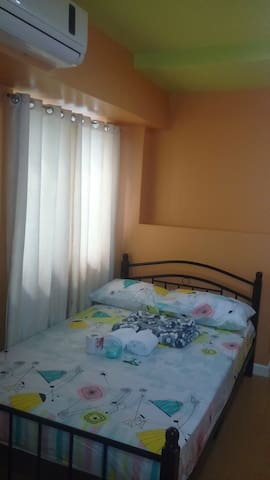26B Private Room in Condo with WIFI - Manila - Huoneisto