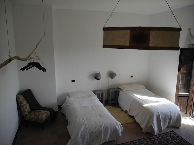 Casale BIO  (stanza per 3) - Brufa