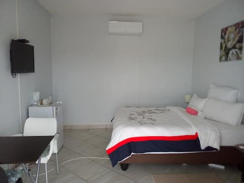 En suite family room in family run guest house