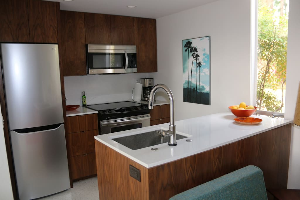 updated kitchen with stainless steel appliances, and fully stocked kitchen to create your favorite meals. Includes a variety of teas and coffees