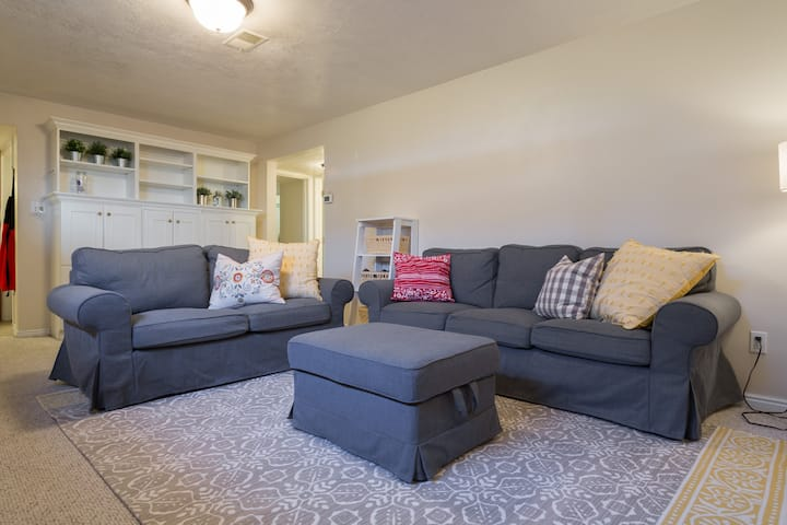 Fall&Winter Fun@the Frees-2 BR byCostco