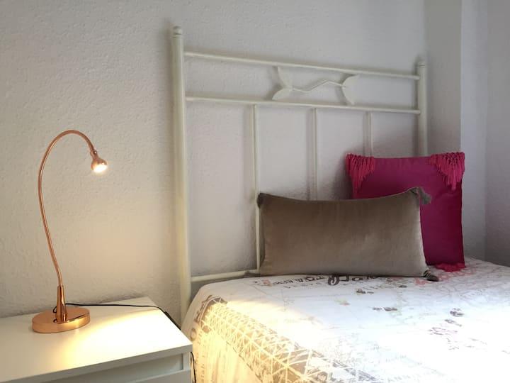 Apartamento acogedor cerca de playa y centro, WIFI