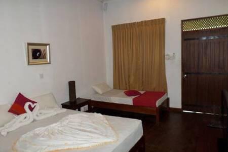 Vista Rooms Polonnaruwa Holiday Inn - Polonnaruwa