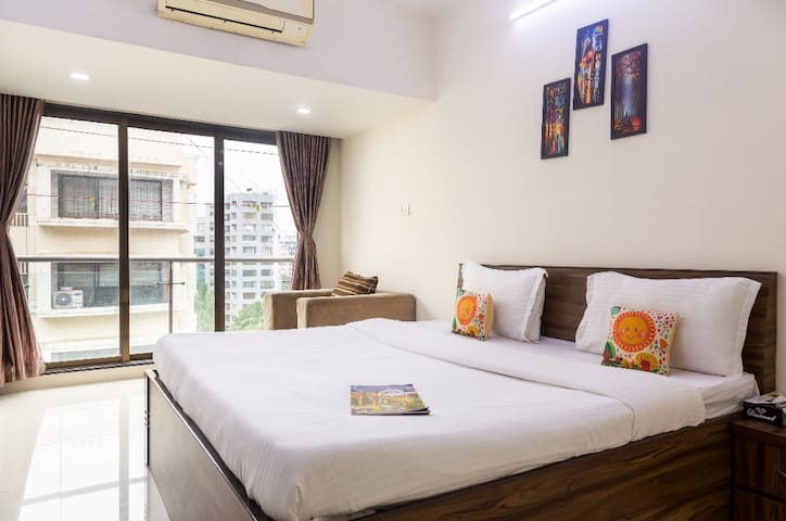 Private Room in BKC Bandra east,MMRDA,JIO Garden