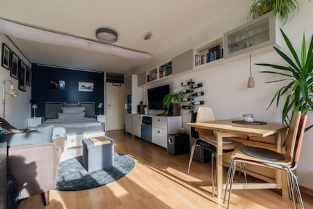Cosy little studio flat for up to 2 people