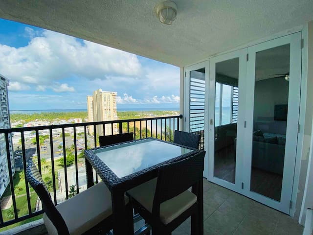 Enchanting 1BR Beach Condo @ Playa Azul w/ Full AC