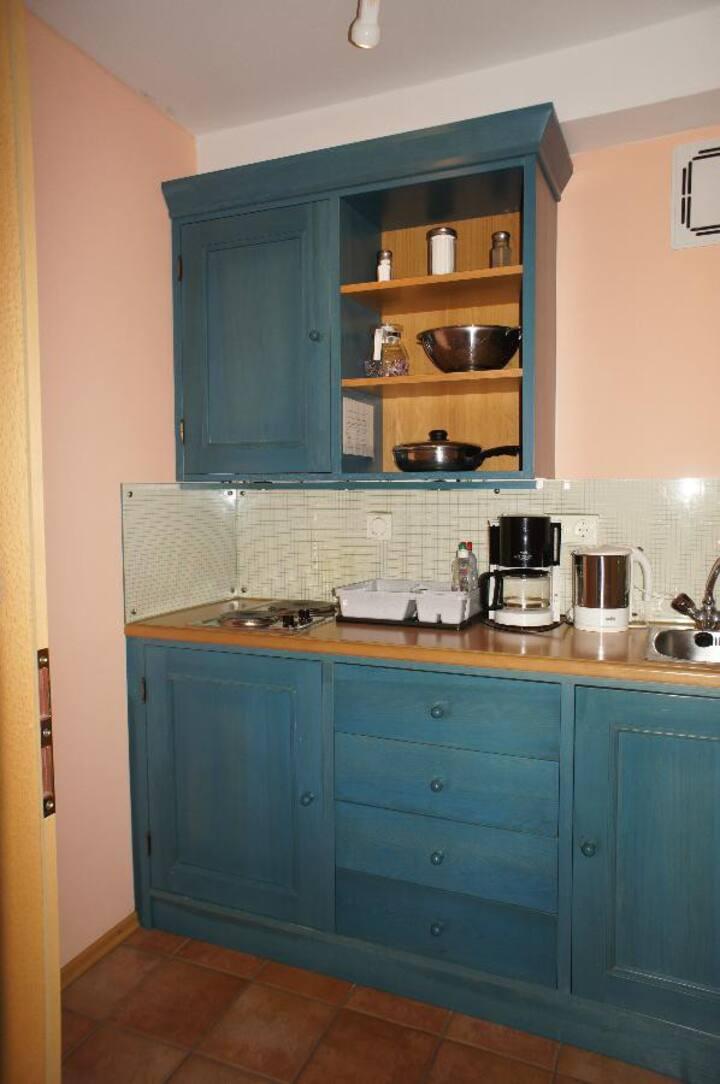 AngerResidenz, FeWo & Hotel (Zwiesel), FeWo-Suite (65qm) mit 2 Schlafzimmern, Balkon und Küchenzeile ohne Frühstück
