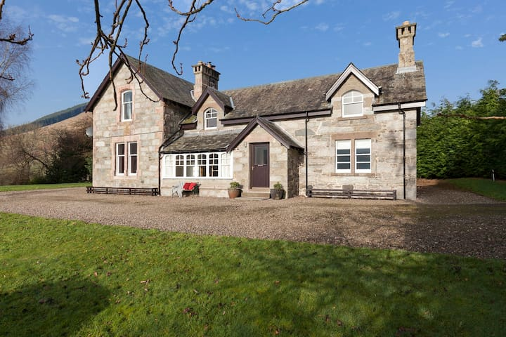Large Scottish estate home with loch & hill views