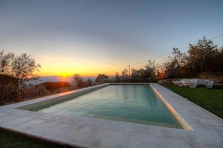 Casa vacanze  panoramica Reggello - reggello - Apartment