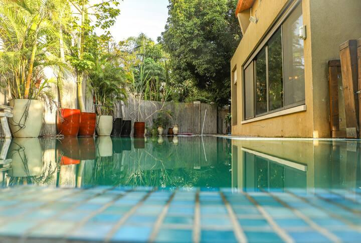 בית בסמטא הולנדית יפהפיה בהרצליה פיתוח