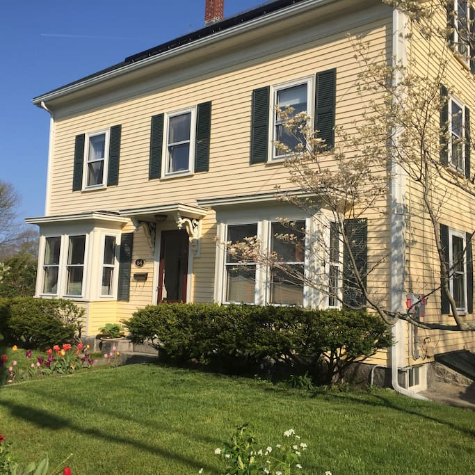 1850 restored colonial