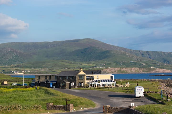 The Smugglers Inn - Guesthouse, Restaurant & Bar - Waterville - Bed & Breakfast