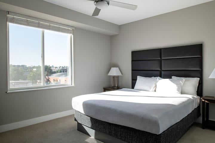 Magical Two Bedroom at Dylan