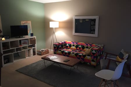 Cozy condo in Royal Oak - Royal Oak