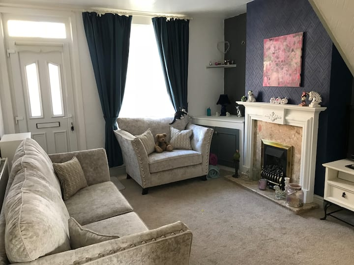 Room in Coalville town centre