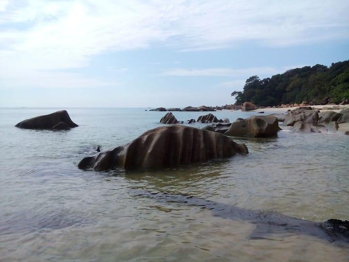 Kalong Bay Homestay - Villa 3 (Room 4)