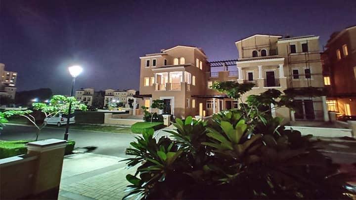 5 BHK Serviced apartment Villa in Gurugram
