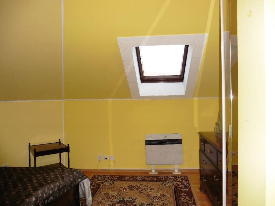 Suite No 6 - bedroom