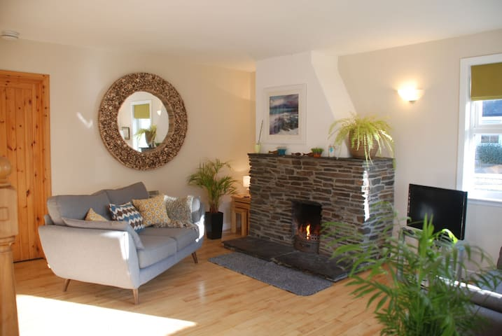 Livingroom with open fire