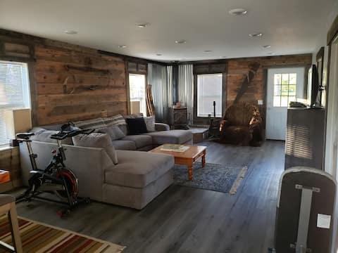 Beautifully restored 1932 cabin.