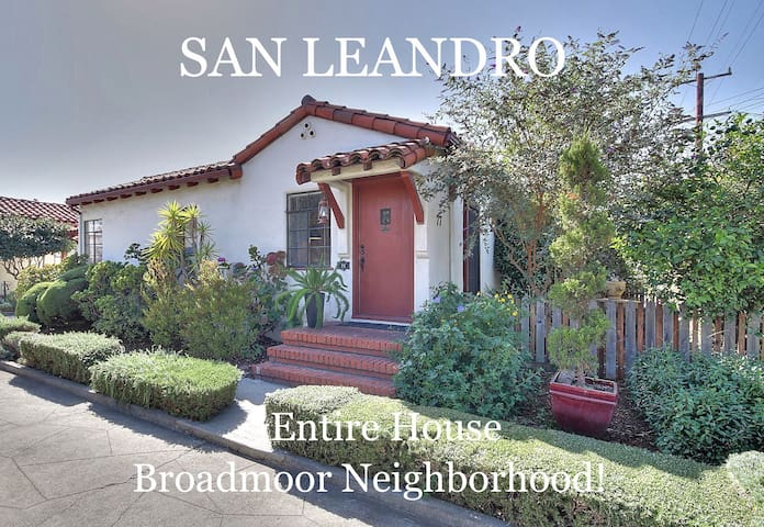 Hollywood-Style Bungalow Court! - San Leandro - Talo