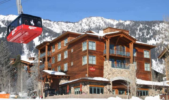 Teton Club Ski-in/Out to Tram & Gondola-3 Bdrm-Sun