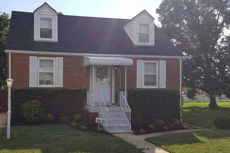 Cozy Home Next to Greenline Metro - Suitland-Silver Hill