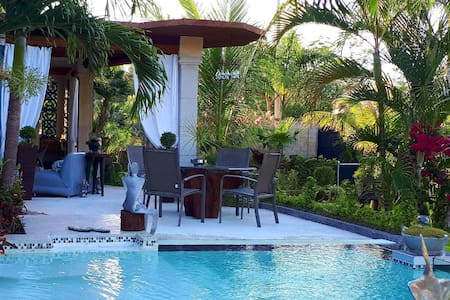 Jungle BungalowCancun(10 minutes from the airport)