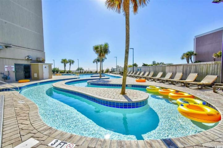 OCEANFRONT BALCONY*Pools*Lazy River*Hot Tubs JHa