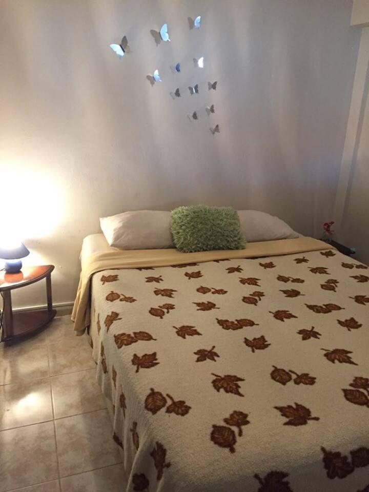 Aya Yorgi'ye çok yakın oda, private room