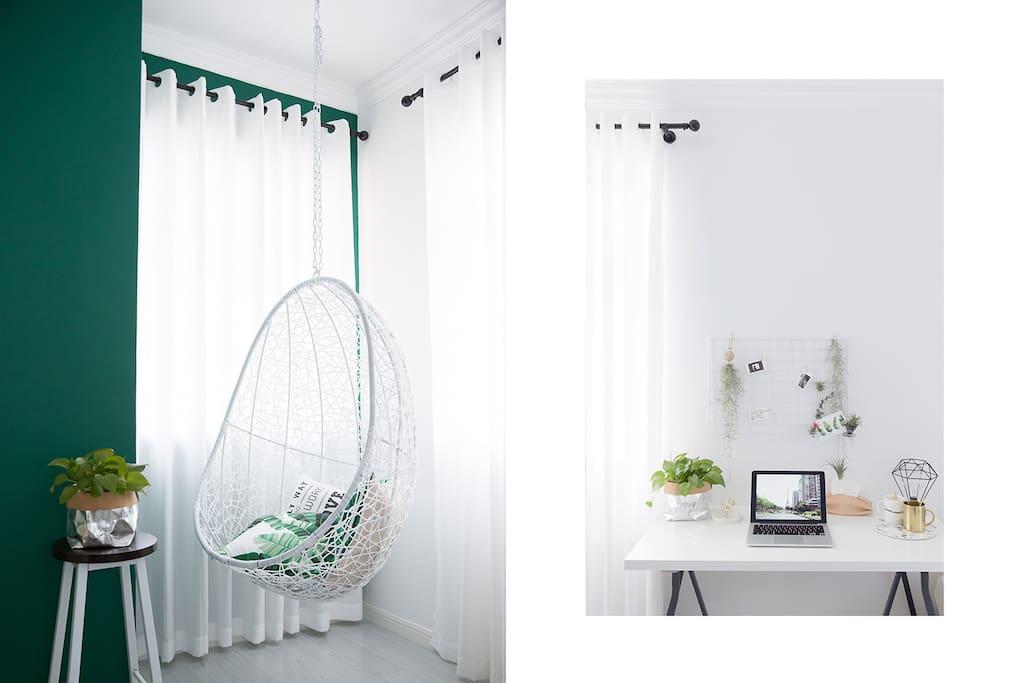 吊椅和书桌