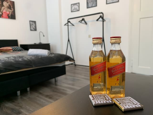 Double bedroom in Centrum Kerkrade  Hotel Condito