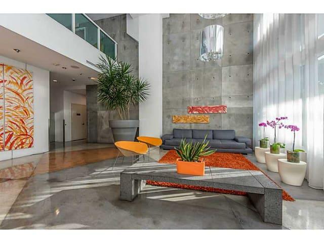 WELL LOCATED LOFT, Downtown Miami - Miami - Loft
