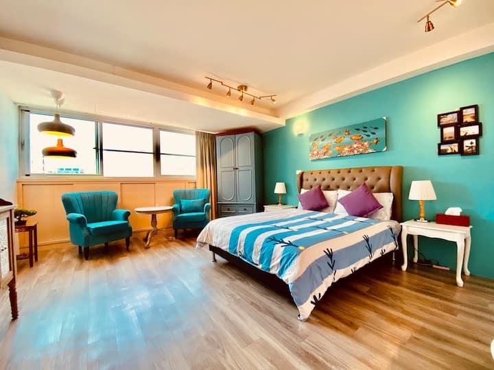 Heritage Suite -Ultra spacious apt!