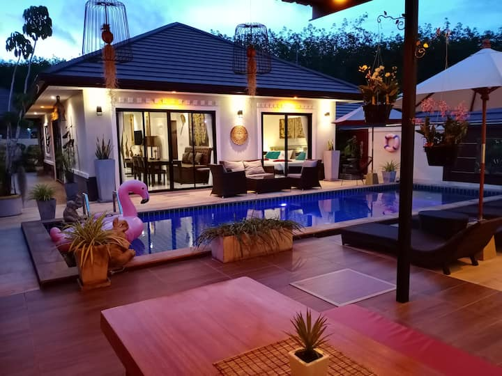 Private Pool Villa in Aonang for family & friends1