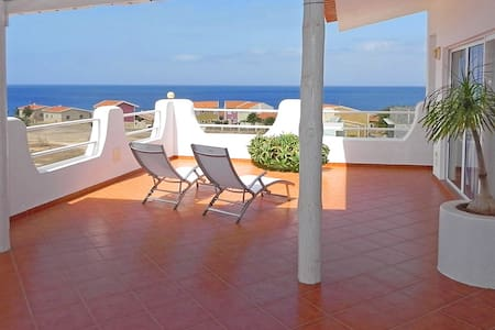 Penthouse Nanette - elegant, spacious, sea view