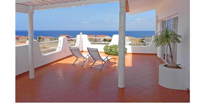 Penthouse Nanette - élégant, spacieux, vue sur mer
