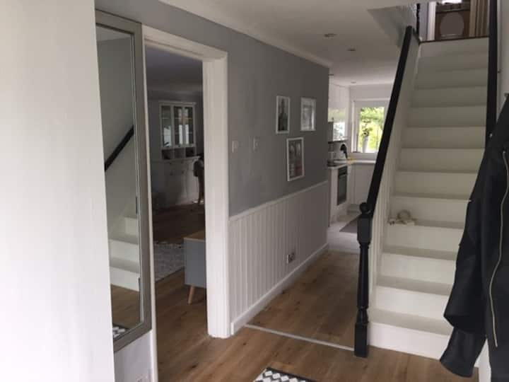 Small double bedroom in a quiet residential area