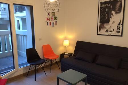 Joli studio avec terrasse