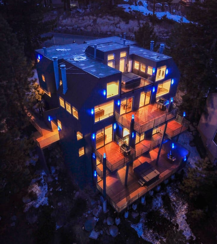LUXE15 BLUE DIAMOND VIP MEGA LODGE LAKE TAHOE