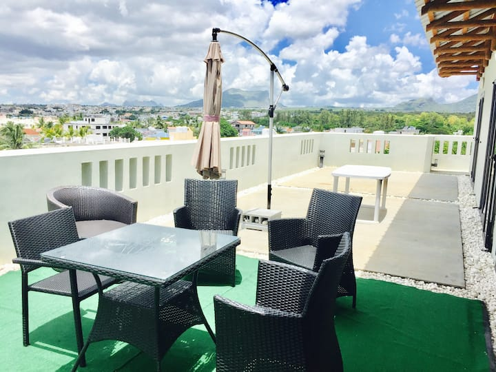 West Terraces Residences Luxury Setting Seafront Penthouse 7 Persons