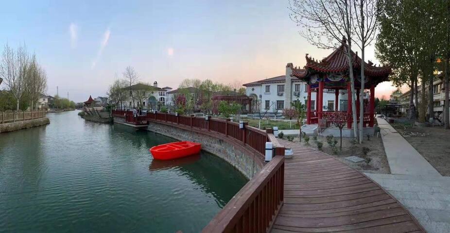 天津宝坻超级大院邻水独栋温泉别墅唱歌麻将烧烤垂钓划船采摘