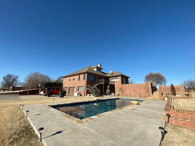 spectacular getaway home with a lot of room!