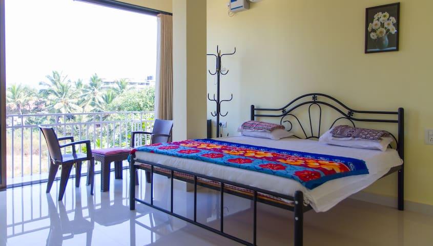 Cosy rooms for 5 near vagator beach - Vagator - Talo