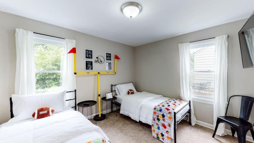 Kids Room on Main Level