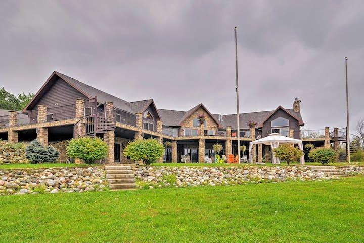 Lakefront Battle Creek Luxury Estate w/Dock & Deck