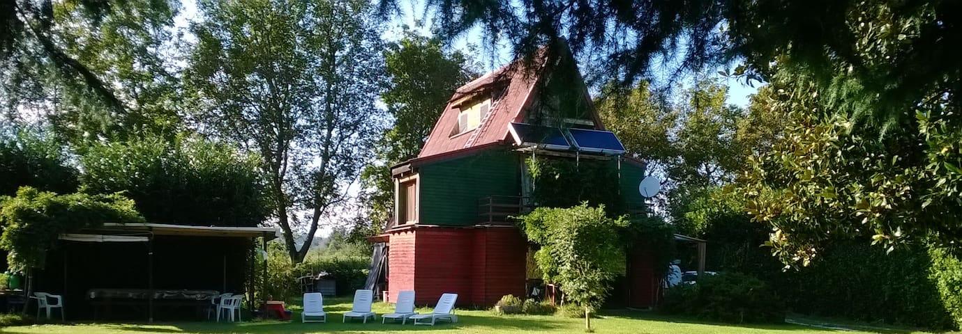 villetta in legno con giardino - Cascina Malpensa - Hus