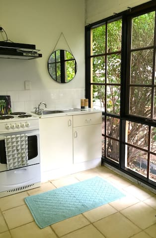 CUTE STUDIO CLOSE TO BENDIGO CITY - Kennington - Appartement